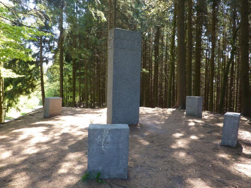 Bernister Monument Guillaume Apolinaire 02(c)RSI Malmedy